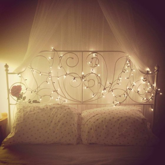 Check out these 16 creative ways to brighten up your home with fairy lights! Design