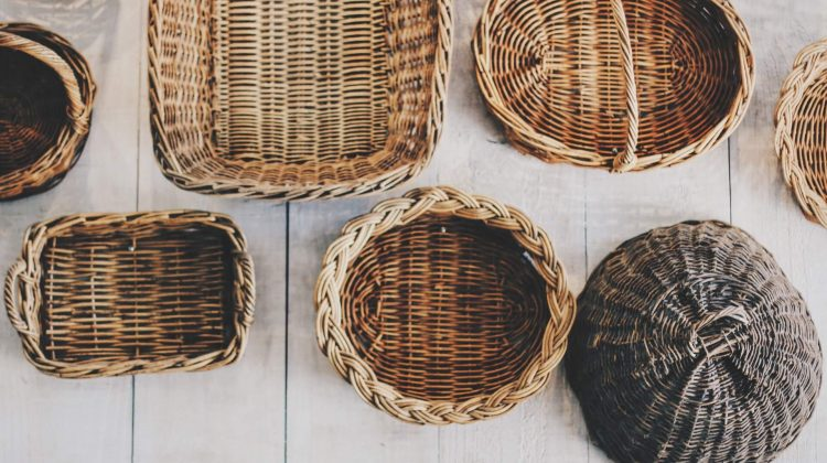 18 clever storage solution tricks using baskets to make every room pretty and organised! Home Hacks Reuse & Recycle