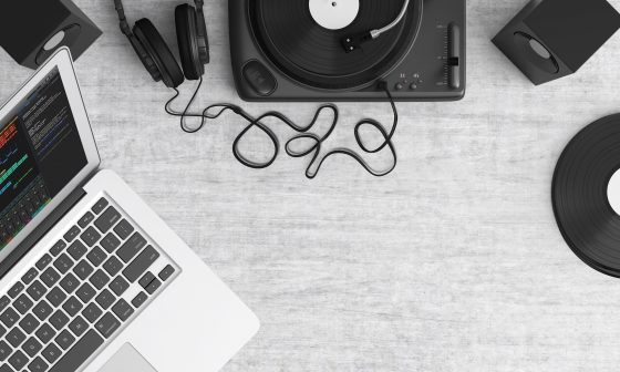 12 awesome tricks to listening to music at home like the hipsters! Design